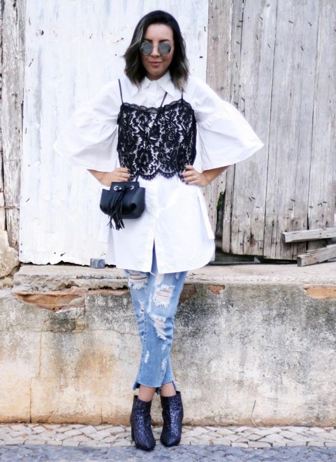 sobreposição-de-slip-top-de-renda-com-camisa-branca-calça-jeans-cropped-bota-de-glitter-look-cá-cavalcante1-e1488993396676