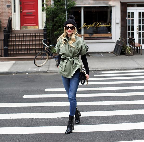 blair-eadie-parka-verde-street-style